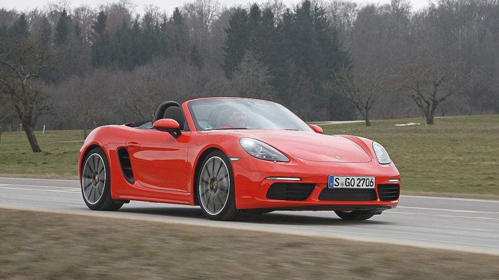 Prueba: Porsche 718 Boxster descapotado carretera