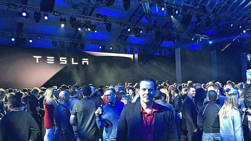 Tesla Model 3 redactor presentación