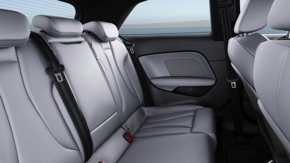 Audi A3 2016 asientos traseros