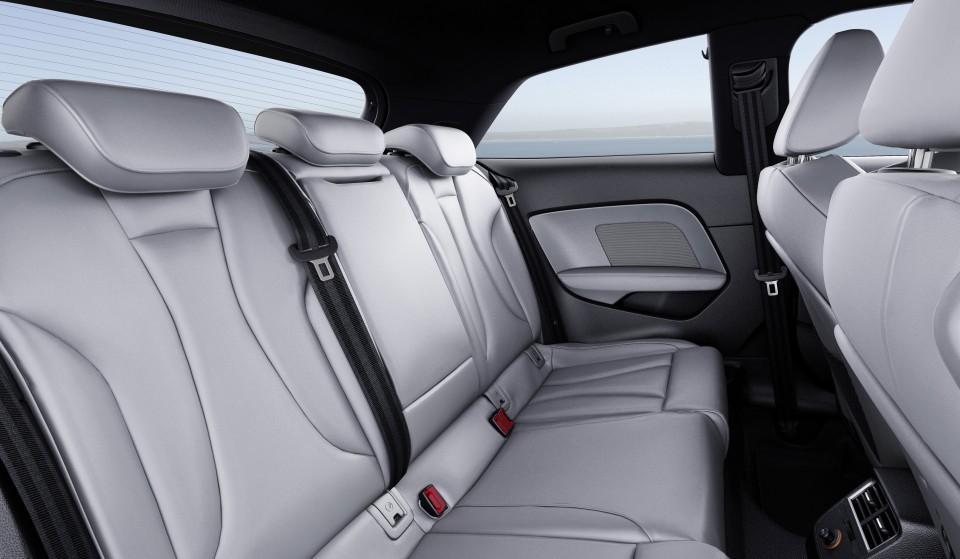 Nuevo Audi A3 2016 asientos traseros