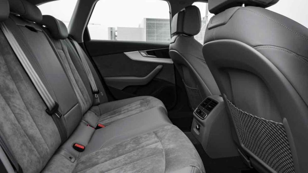 Audi A4 allroad 2016 plazas traseras