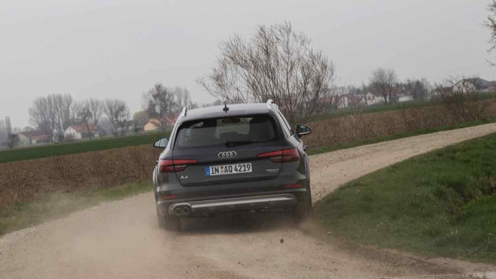 Audi A4 allroad 2016 offroad tierra