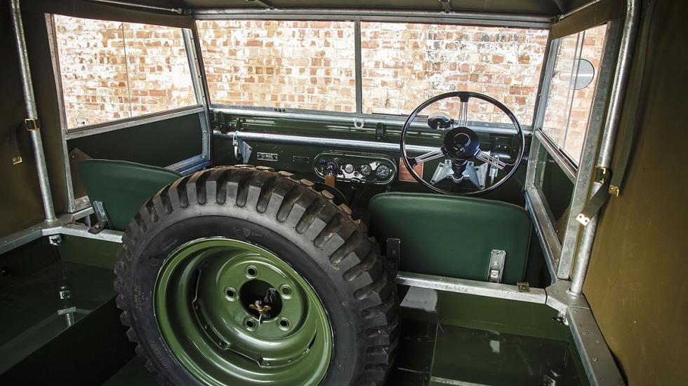 25 potenciales clientes Land Rover Serie I