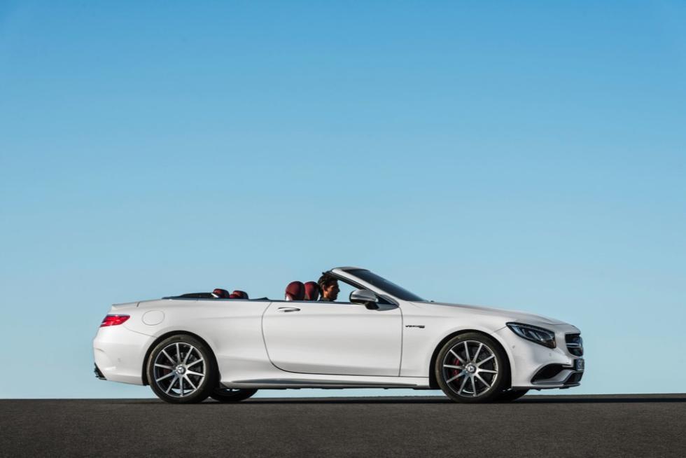 Desde luego, la línea del Mercedes-Benz Clase S Cabrio no deja indiferente.