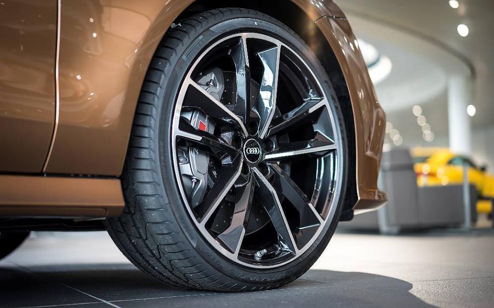 Audi RS7 por Audi Exclusive, en imágenes