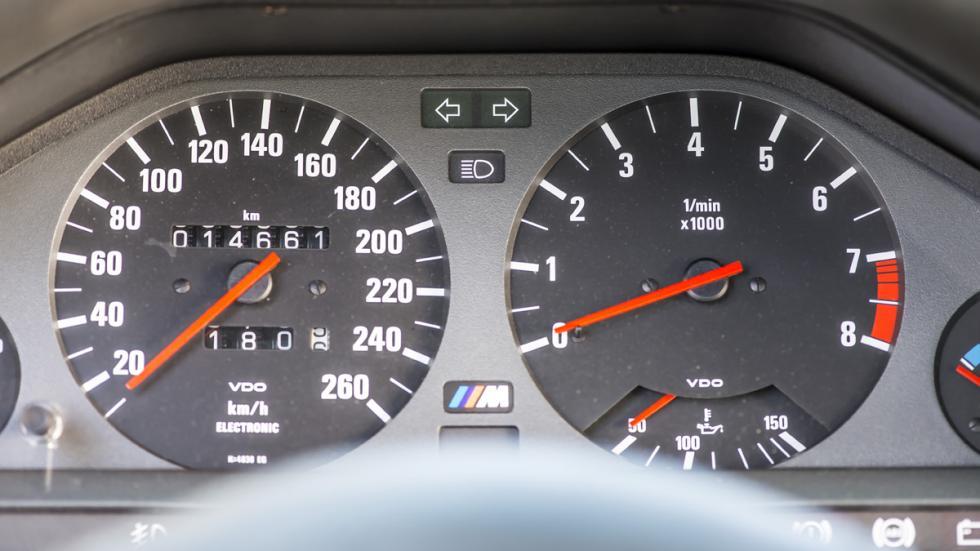 BMW M3 E30 Sport Evolution cuadro