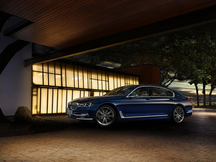 BMW_apertura