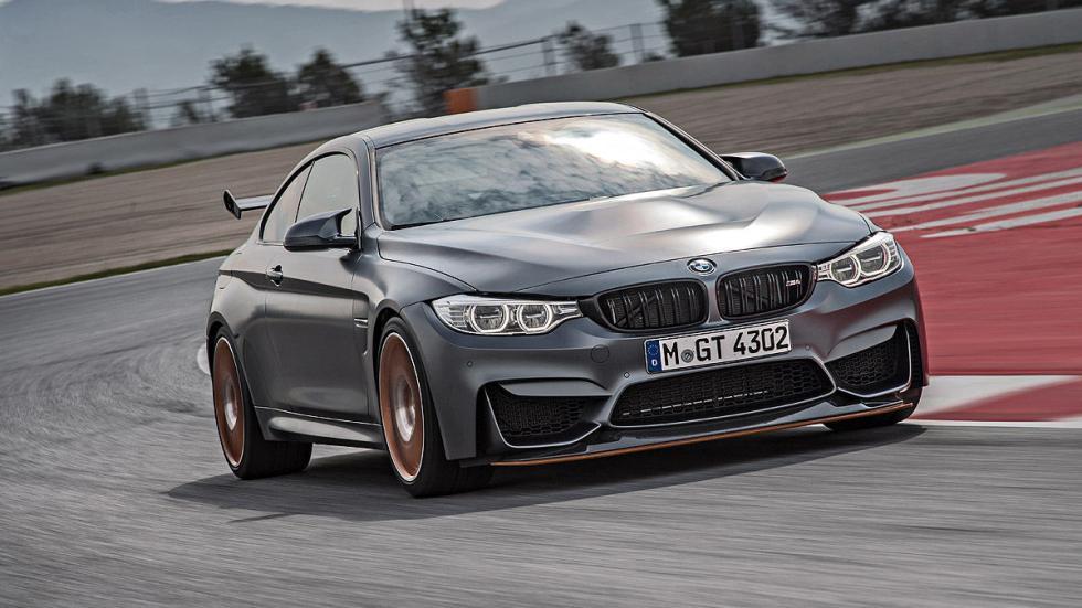 BMW M4 GTS 2016 faros curva