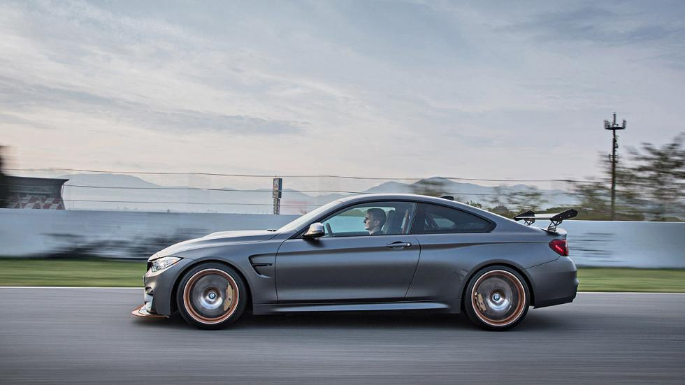 BMW M4 GTS 2016 lateral circuito