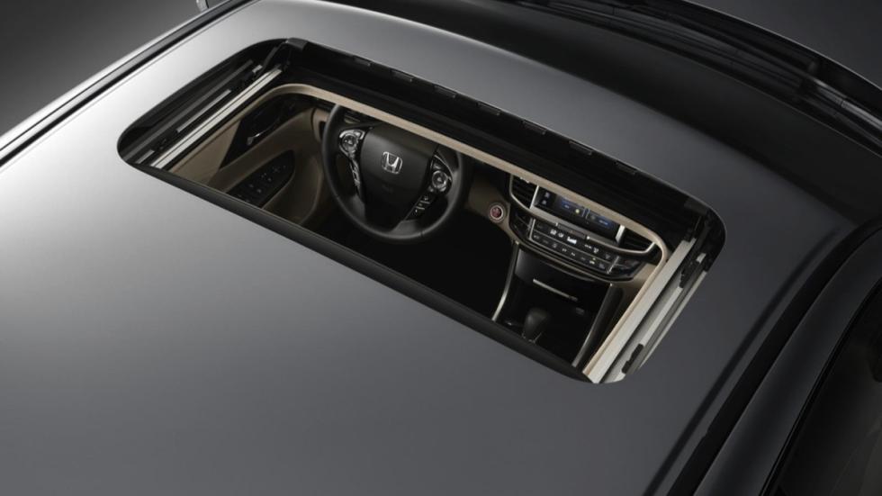 Honda Accord Hybrid techo