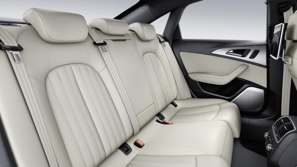 Audi A6 2016 plazas traseras