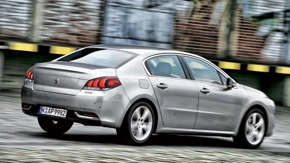 Compa Ford Mondeo/Mazda6/Kia Optima/Opel Insignia/Peugeot 508