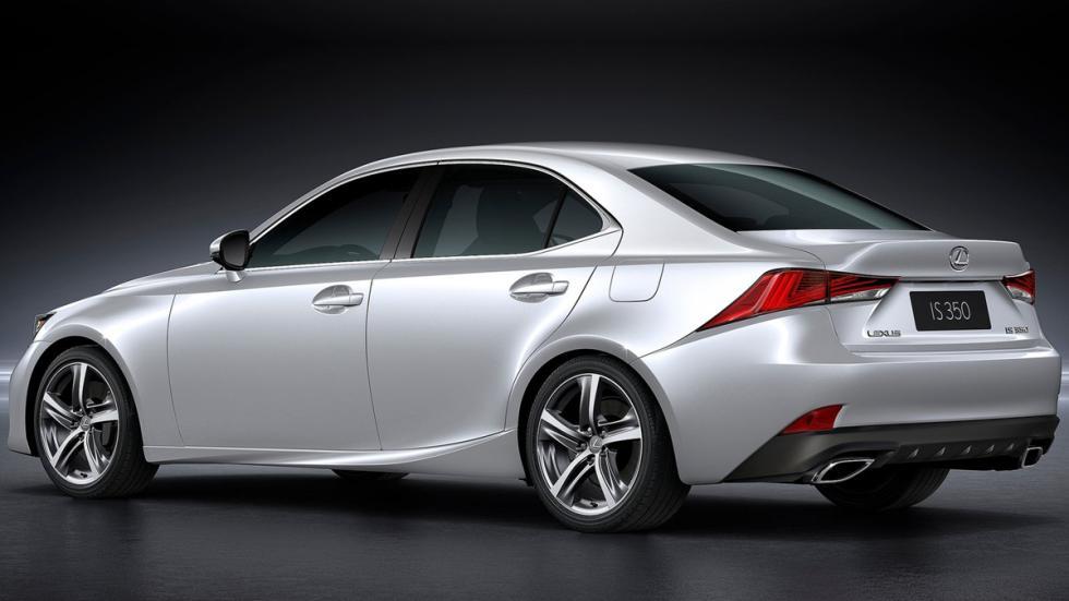 Lexus IS 2017 zaga