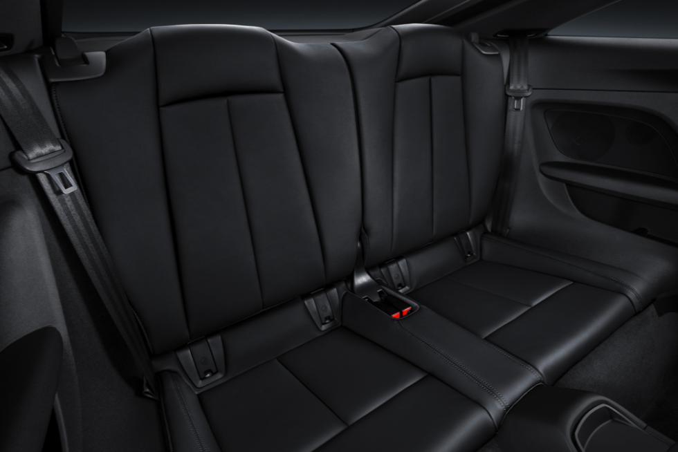 tt-coupe-asientos-traseros