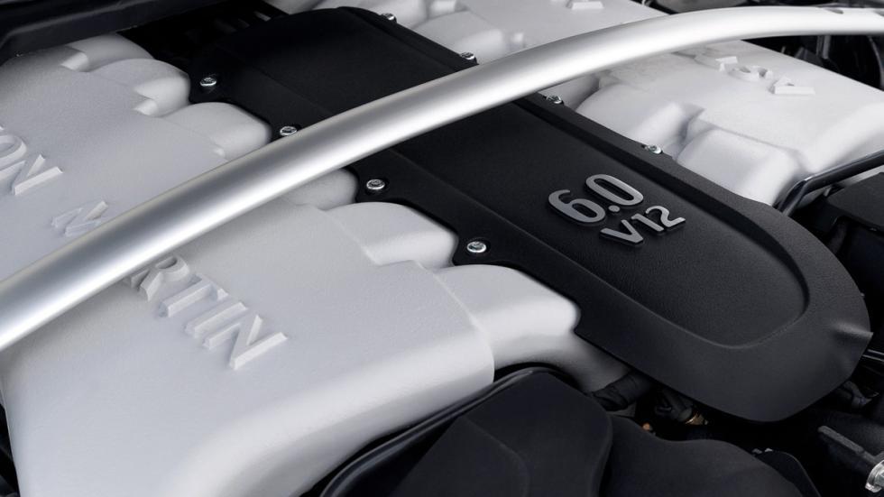 coches-motor-v12-atmosférico-Aston-Martin-V12-Vantage-S-motor