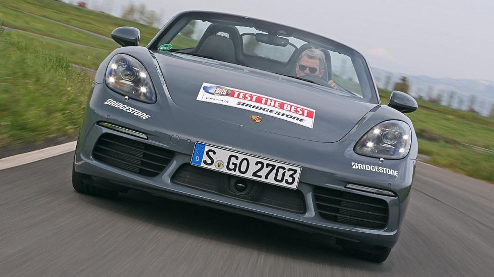Porsche 718 Boxster curva morro