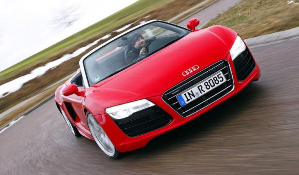 Audi R8 Spyder Delantera