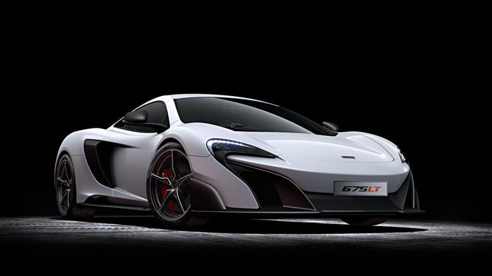McLaren 675LT tres cuartos delantero