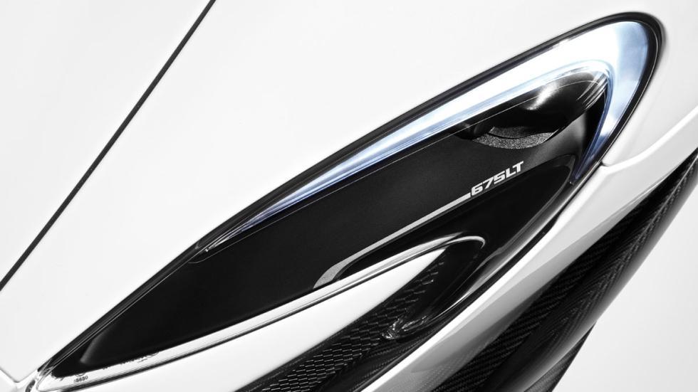 McLaren 675LT detalle