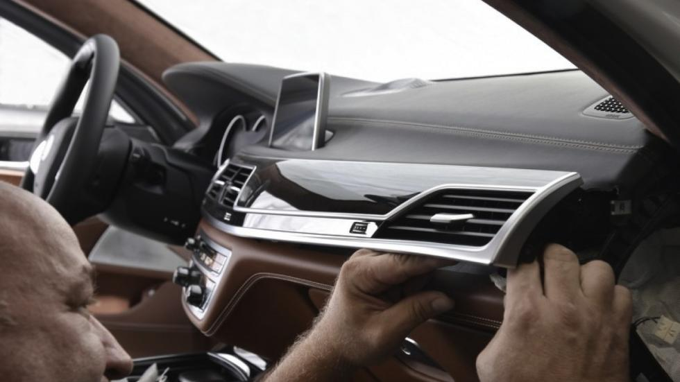 BMW 750Li xDrive Solitaire salpicadero