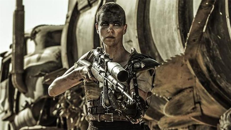 Charlize Theron cautivó a los amantes del motor y la acción en 'Mad Max: Fury Ro