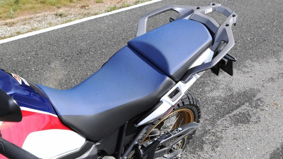 Prueba-nueva-Honda-Africa-Twin-2016-asiento
