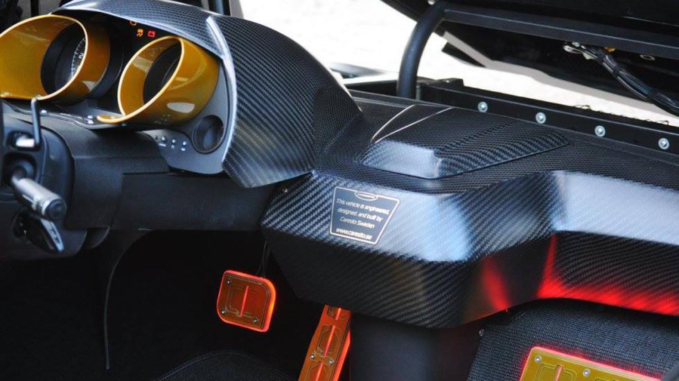 coche más espectacular Gumball 3000 2016 salpicadero