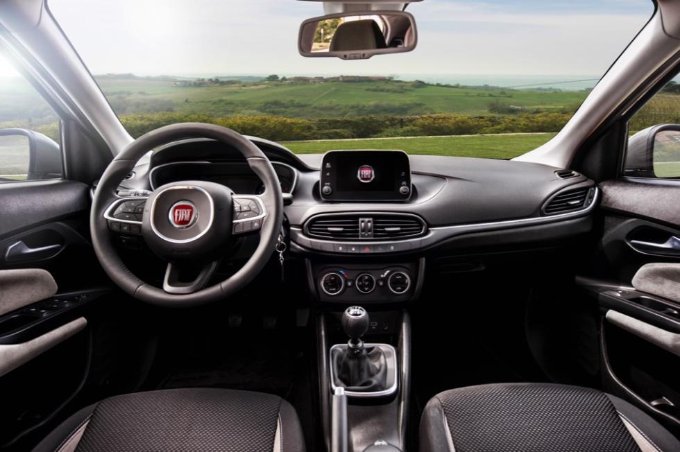 Fiat Tipo de cinco puertas interior