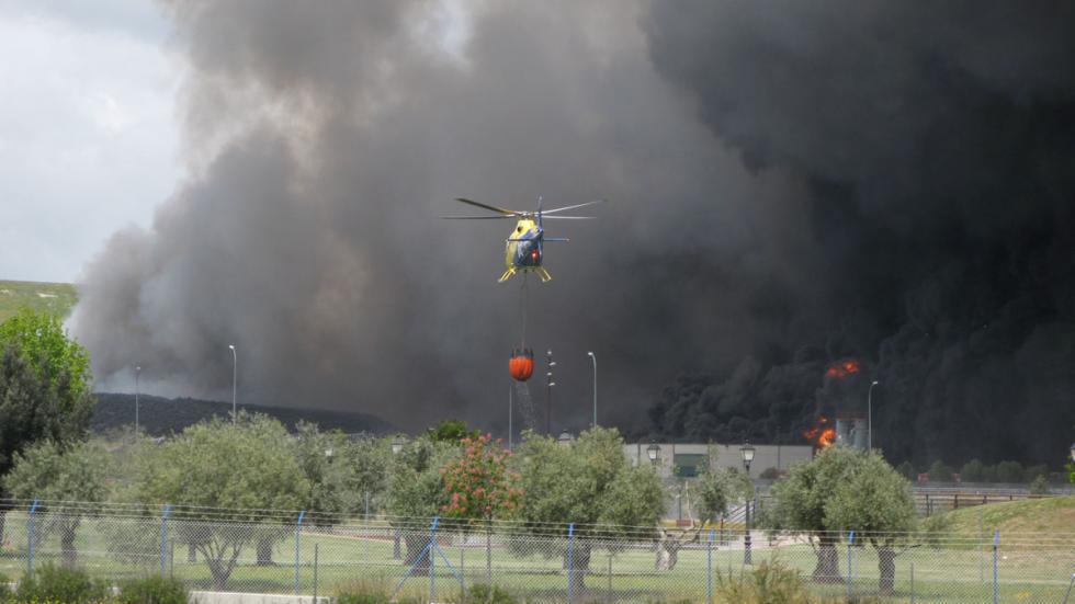 helicóptero extinción