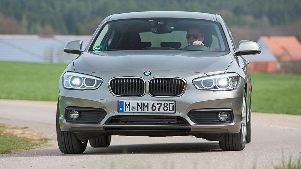 BMW Serie 1 curva