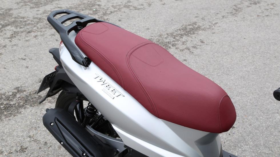 Prueba-Peugeot-Tweet-125-EVO-asiento