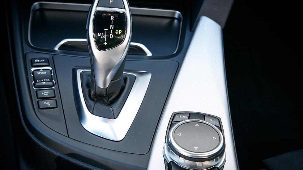 BMW Serie 3 Touring cockpit detalle