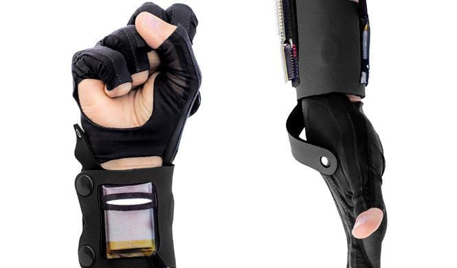 mi.mu gloves guantes interactivos mazda sonido