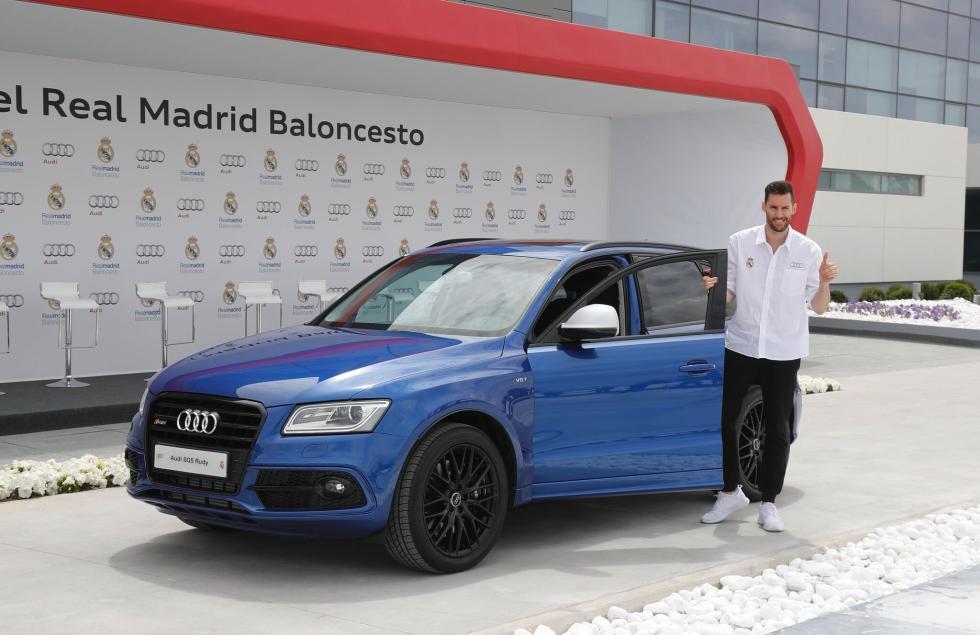 Audi entrega gama a plantilla de Baloncesto del Real Madrid Rudy Fernandez