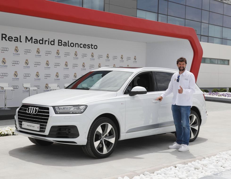 Audi entrega gama a plantilla de Baloncesto del Real Madrid Sergio LLull