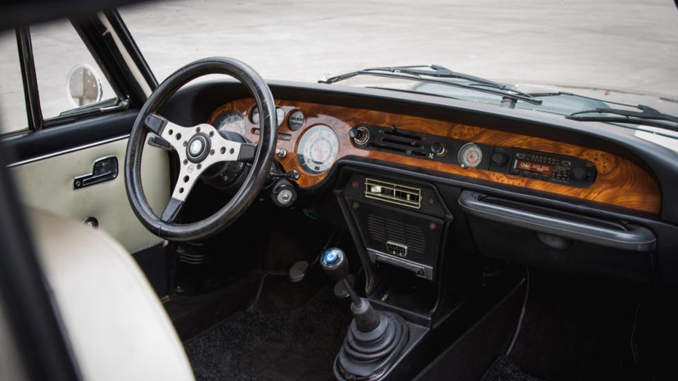 Subasta Lancia Fulvia Coupé S2 1973 salpicadero