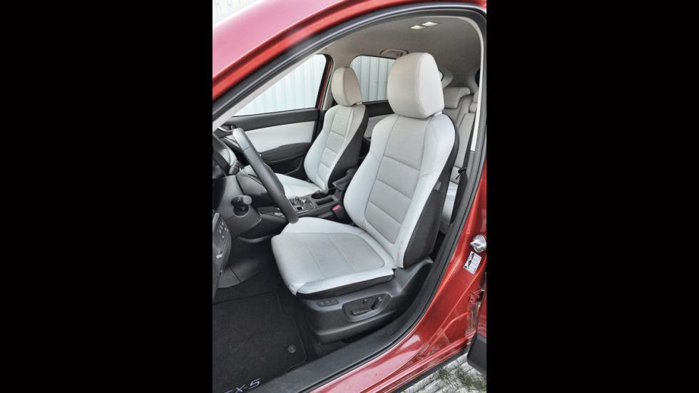 Mazda CX-5 asientos delanteros