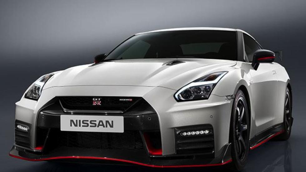 Nissan GT-R Nismo 2017 tres cuartos delanteros