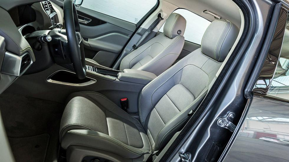 Jaguar F-Pace asientos