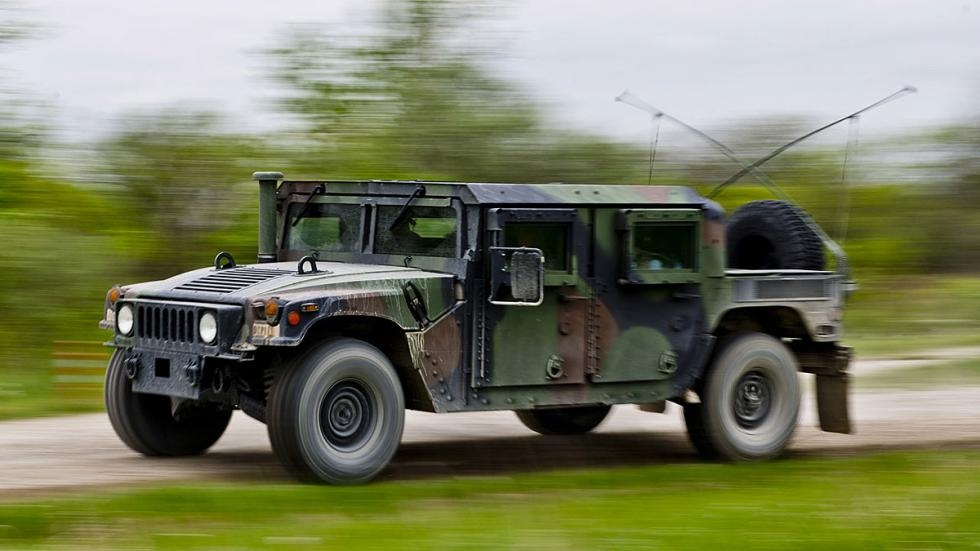 Al volante de un Humvee, en fotos