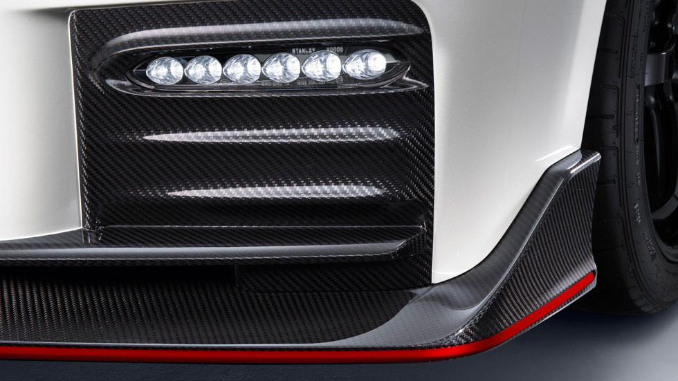 Nissan GT-R Nismo 2017 fibra carbono
