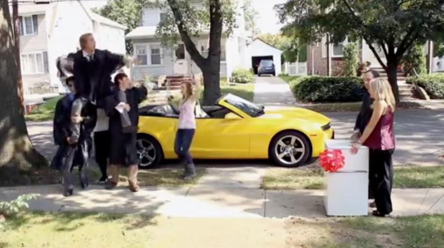 anuncio del Chevrolet Camaro en la Super Bowl 2012