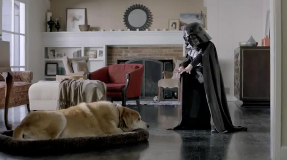 niño que cree ser Darth Vader