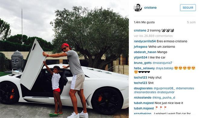 Cristiano Ronaldo Lamborghini Instagram
