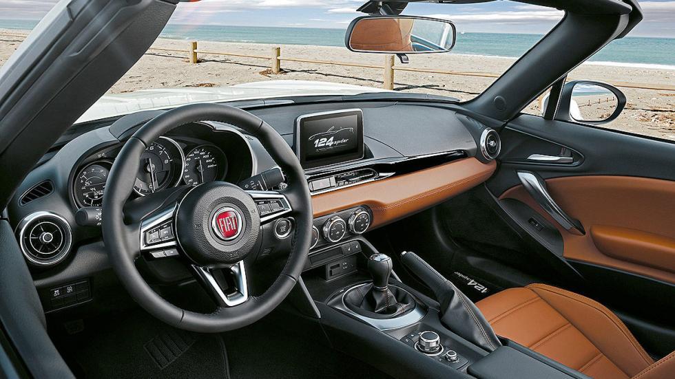 Prueba: Fiat 124 Spider interior