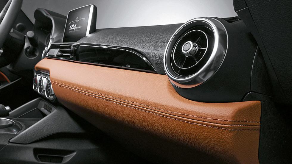 Prueba: Fiat 124 Spyder cuero