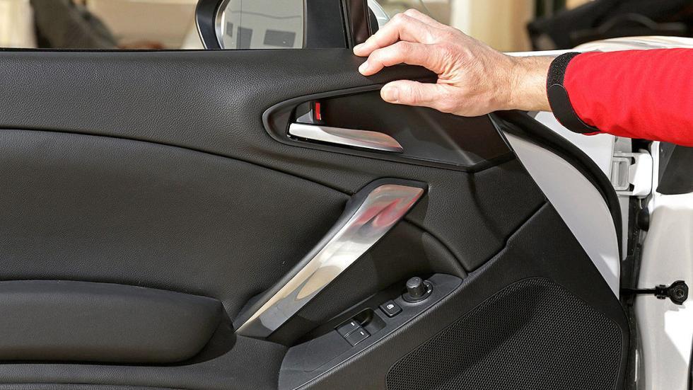 Prueba: Fiat 124 Spyder puerta