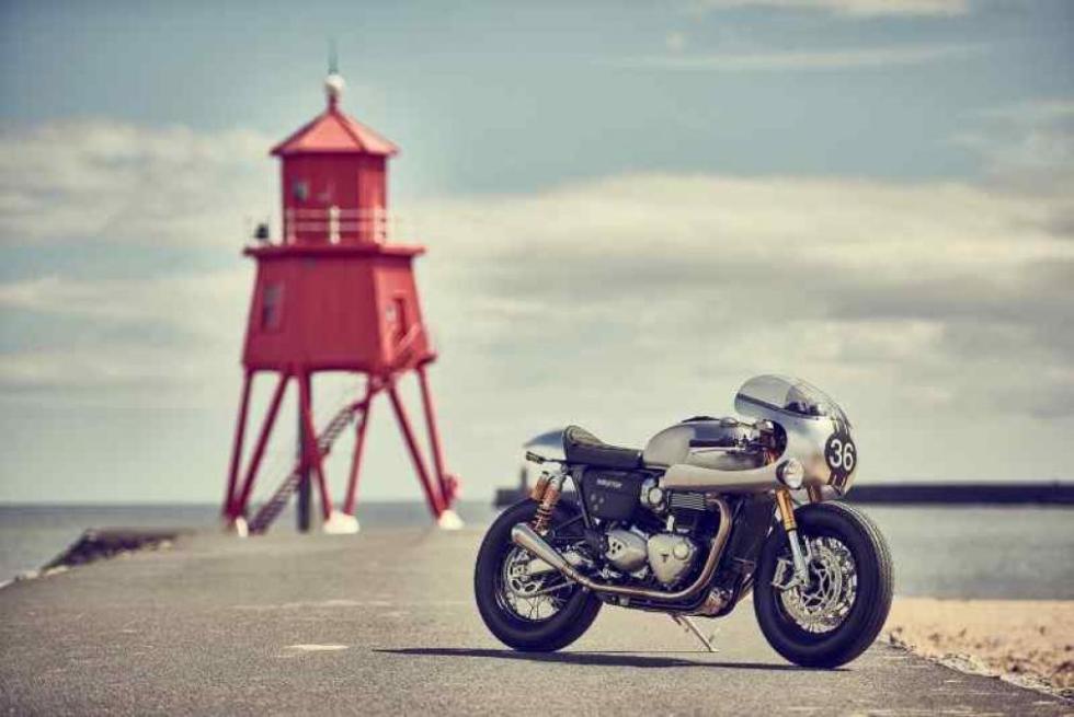 Triumph-Thruxton-R-BIT2-10
