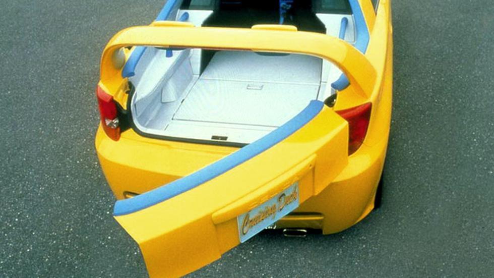 Toyota Celica Cruising Deck de 1999 zaga