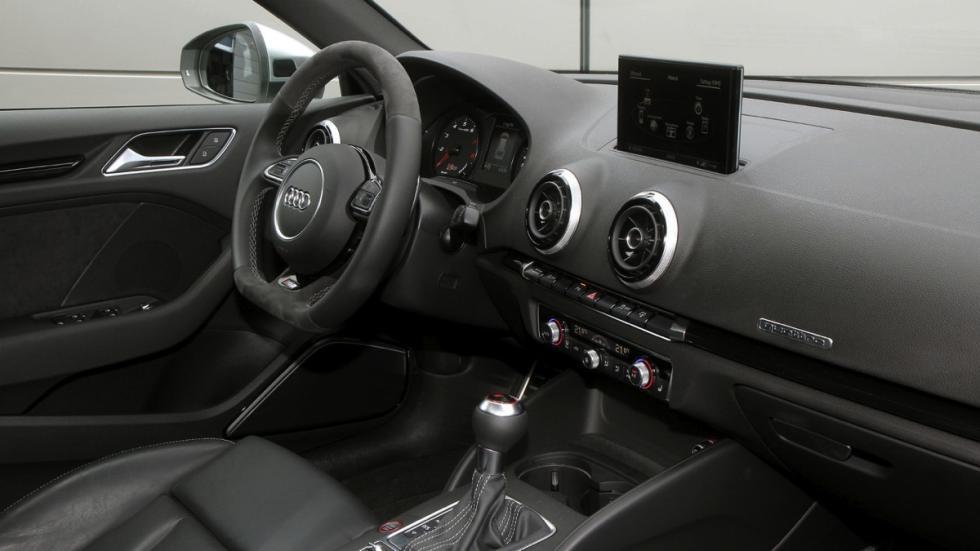 Audi RS3 by BB Automobiltechnik salpicadero
